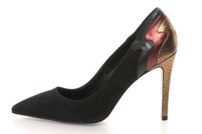 Дамски Велурени Обувки с Остър Връх и Ток Стилето